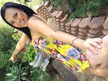 Gia Lee This Garden's Making Me Horny